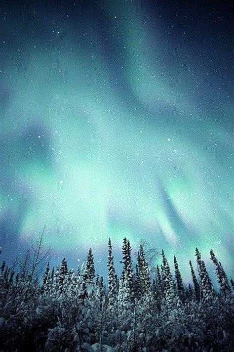 Is It Winter Yet Gorgeous Shot Aurora Borealis Over