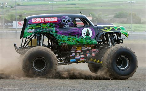 grave digger monster truck images ride along with grave digger performance video truck trend