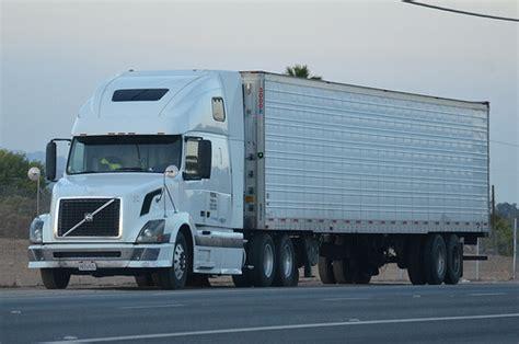 volvo 18 wheeler price volvo big rig truck 18 wheeler flickr photo sharing
