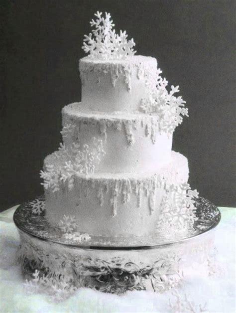 Winter Wedding Cake Simple Winter Wedding Ideas
