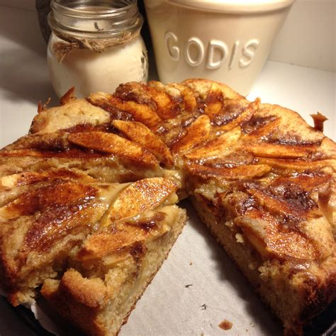 Norwegian hole cake is a traditional dessert of norway. Norwegian Recipes: Easy to Make Apple Cake   HuffPost