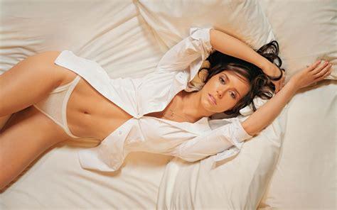 Jennifer Love Hewitt Hot Wallpapers (+16