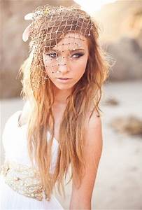 5 Enchanting Beach Wedding Hair Accessories Candy Cake
