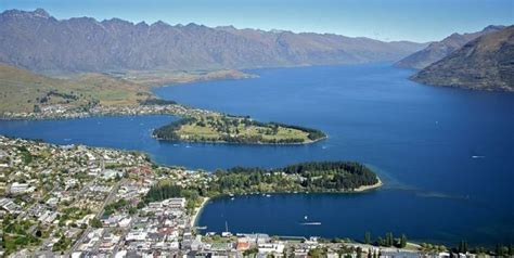 Christchurch Motorhome Rental NZ   RV Rentals & Campervan Hire