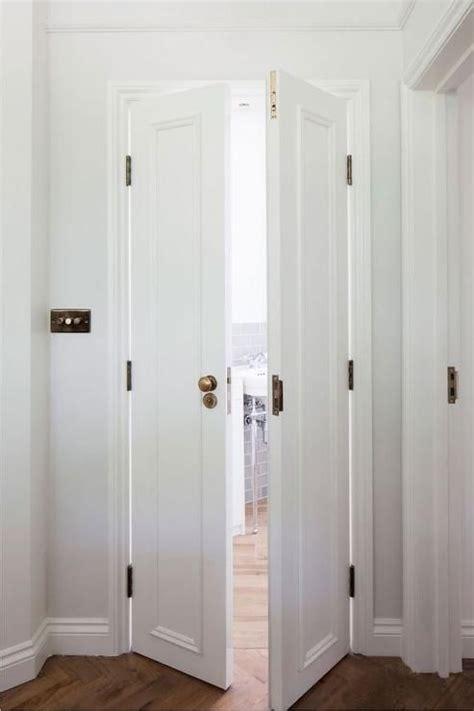 bathroom door 25 best ideas about bathroom doors on sliding