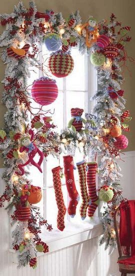 holiday window decorating idea