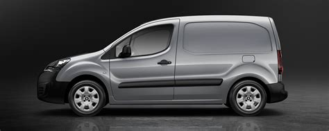 Best Electric Vans 2016 by 8 New Commercial Vans For 2018 Freightlink The Freight