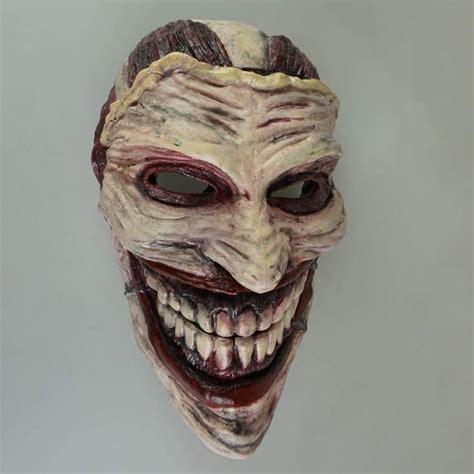 printed joker mask  scare  bejesus