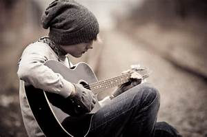 beanie, boy, guitar, hipster, poetic - image #117634 on ...