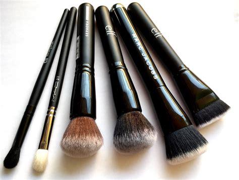 Pinceaux de maquillage pas cher # youarecosmetics . you are cosmetics maquillage en ligne pinceaux
