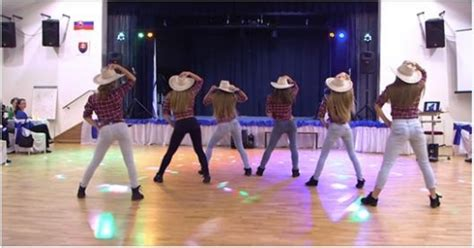 cowgirls set  dance floor  fire  smoothest