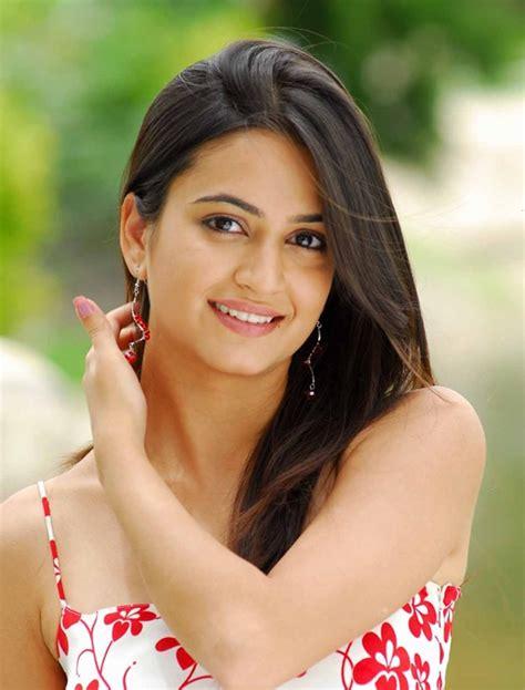 Hindi Hiroin All Photo, Check Out Hindi Hiroin All Photo : cnTRAVEL