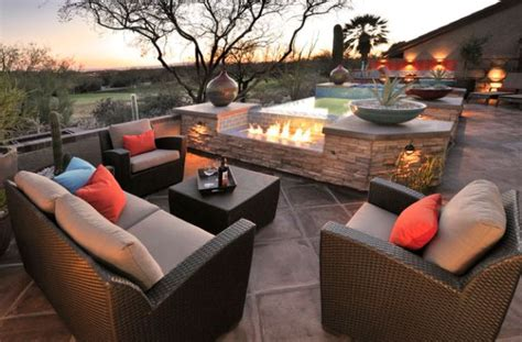 Stunning Design Ideas For Fireplaces By The Pool