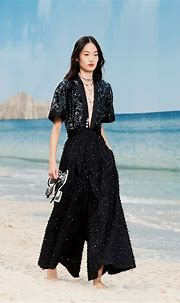 CHANEL SPRING-SUMMER 2019 READY-TO-WEAR COLLECTION - ADVERSUS