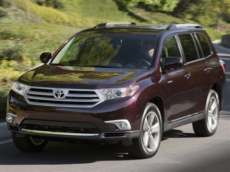 2011 Toyota Highlander Japanese Car Photos. Accident Lawyers