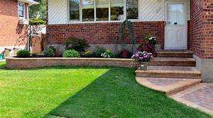 Front yard landscape ideas easy landscaping for of house for Garden design ideas for front of house