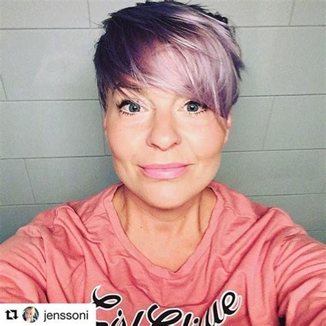 Beautiful Pixie Cuts for Older Women 2019 Hairstyles 1975
