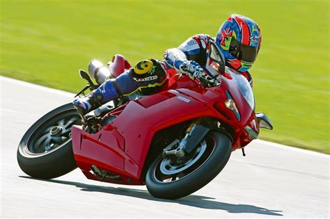 Review Ducati by 2010 Ducati 1198sp Review