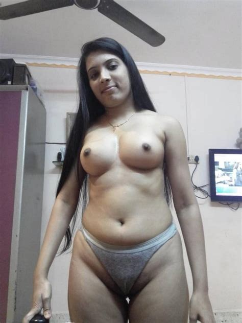 Beautiful Young Kanpur College Girls Sexy Pics