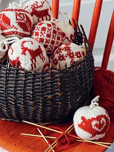 top 40 cozy knitted christmas decorations christmas