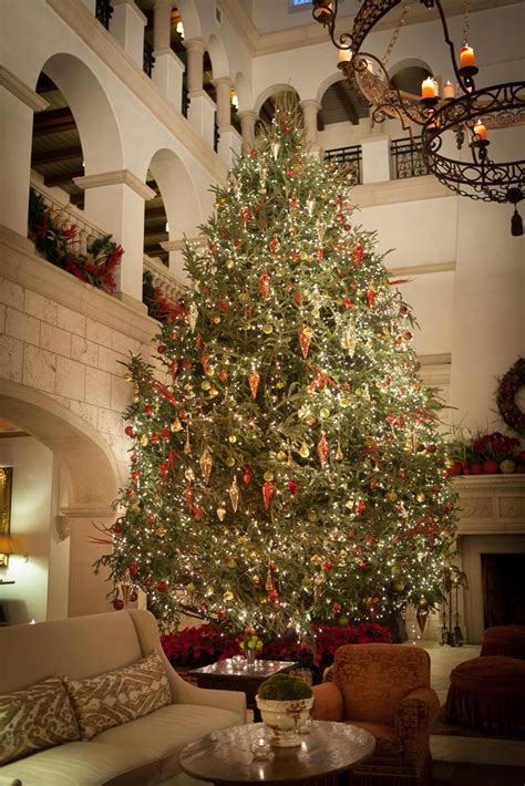 cloister lobby seaisland christmas wwwseaislandcom