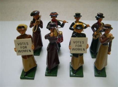 suffragettes  grave robbers  grand magnificence