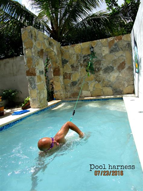 Pool Exercises Are A Good Way To Burn Calories And Beat