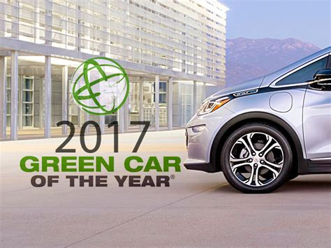 chevy bolt ev wins  green car   year webcarz