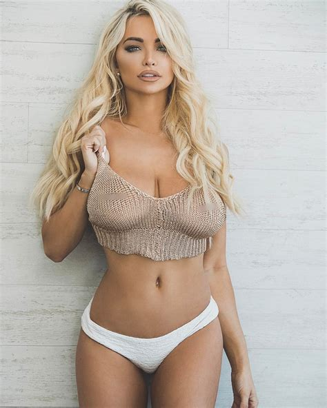 5 Lindsey Pelas Pictures That Are Absolutely Must-See - Front Page Buzz