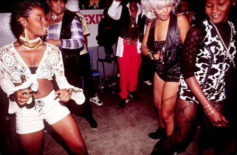 Jamaica Dancehall @ House Of Leo Kingston jamaica 1994. #JamaicaDancehall Photo u00a9 Wayne ...