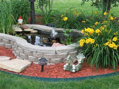 beautiful minimalist garden house  fish pond ideas