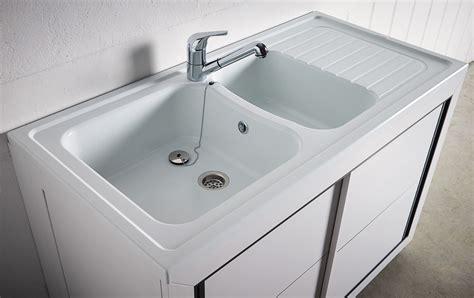 meuble cuisine avec porte coulissante carea sanitaire vendée normandie meuble composite pvc