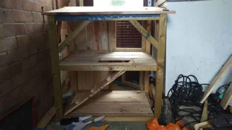 pallet rabbit castle hutch  pallets