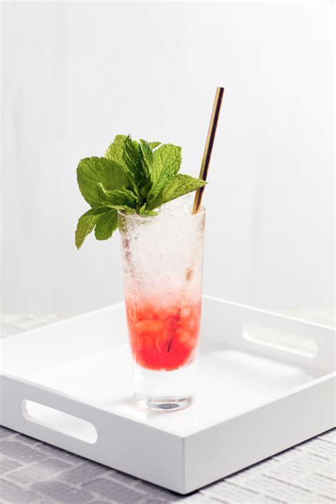 cosmopolitan cocktail  ways