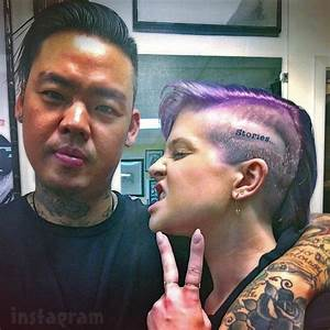 "PHOTO Kelly Osbourne gets ""stories..."" tattoo on her head"