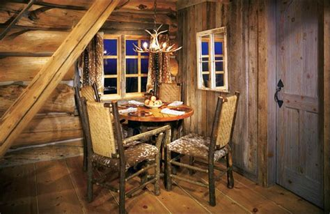 cozy small vintage rustic cabin decor style for dining room area howiezine