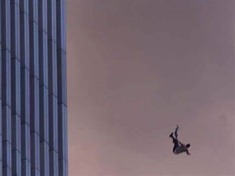 911 Photos September 11 Images Of People Jumping Out