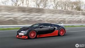 Bugatti Veyron Super Sport : bugatti veyron 16 4 super sport 11 april 2016 autogespot ~ Medecine-chirurgie-esthetiques.com Avis de Voitures