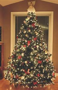 (Christmas tree)
