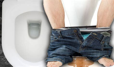 Should Stool Float Or Sink In Toilet Gossip News Bowel Cancer Warning Does Your Poo