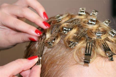 pins selber machen pin curls anleitung locken mit step by step retrochicks