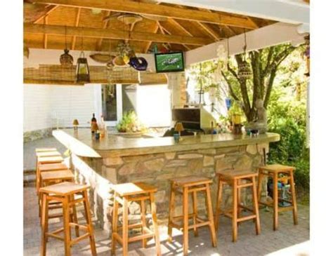 Backyard Bar Ideas