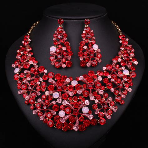 Chinese Style Designs Red Crystal Rhinestone Necklace