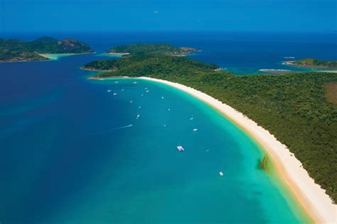 travels  geology australias whitsunday islands sun sand  silicic volcanism earth magazine
