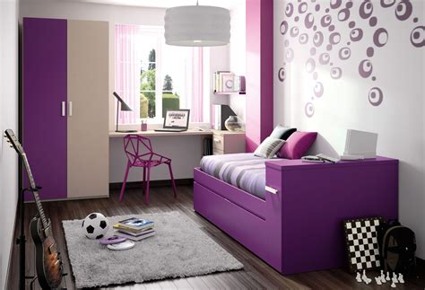 cool bedrooms using black and white interior theme
