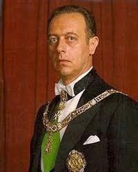 The house of savoy has announced the death of prince amedeo, duke of aosta. La Cultura come Risorsa: AMEDEO D'AOSTA METTE ALL'ASTA ...