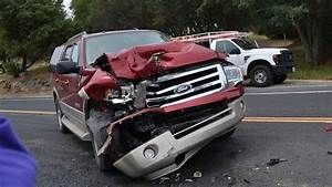 Latest Car Accident Of Ford Expedition - Road