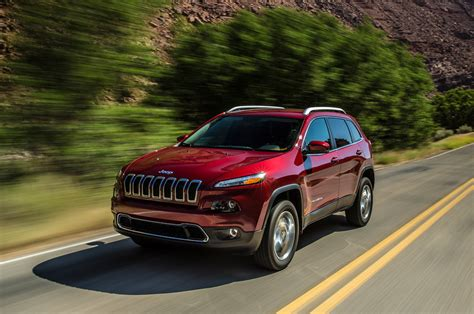 2018 Jeep Cherokee Limited Front View Photo 27