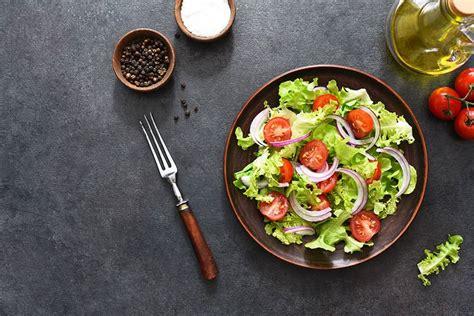 Sallatë Jeshile (Albanian Green Salad) - Traditional ...