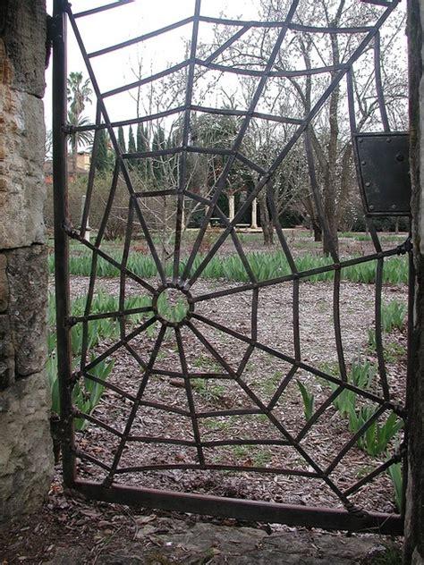 spider web gate   halloween garden gates metal